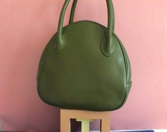 Vintage green leather bag / 70