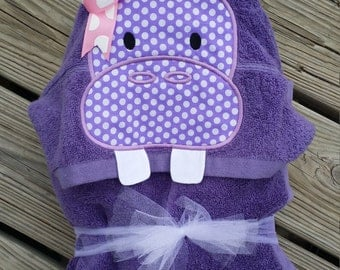 Hippo hooded towel