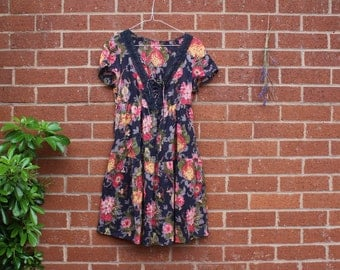 VINTAGE FLORAL DRESS summer lace up dress