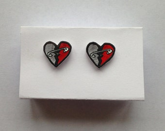 5SOS Safety Pin Earrings // BeadXia