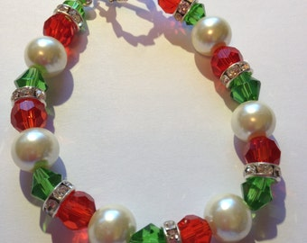 Bracelet Red, Green Beads with White Pearls
