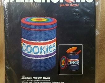 1982 Dimensions Rainbow Canister Cover Plasticpoint Plastic Canvas Needlepoint
