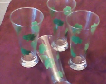 Hand painted Shamrock Beer glass (4/set)for St. Patrick's Day