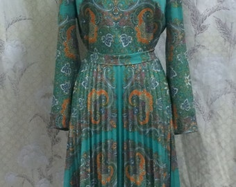 1970s B. Altman Pleated Paisley Print Dress