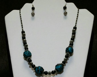 Blue Lampwork Beaded Necklace Set