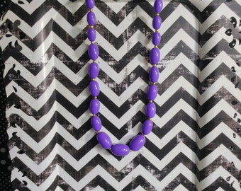 """Love For Lilac~Vintage~Graduated Oval Beads~Plastic~NOS~Gold Tone Spacer Beads~17"""""""