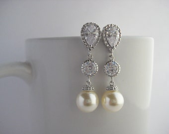 Cream Pearl and Crystal Bridal Drop Earrings Wedding Cubic Zirconia and Pearls Rhodium Earrings Swarovski Pearl Jewelry