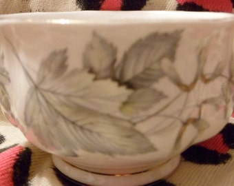 Royal Albert open sugar bowl, silver maple design, fine bone china, English china, sugar bo