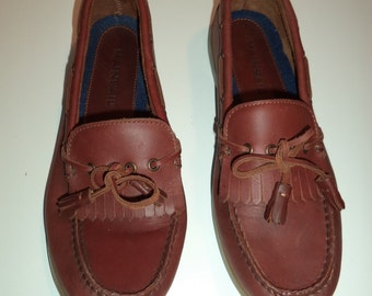 Leather boat shoes// Nautical 90's preppy comfortable brown slip on tassel fringe loafers// Men's size 10 M USA
