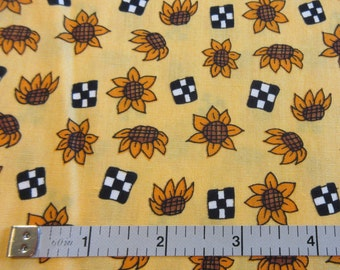 Moda Cynthia Young Hedgehog Productions Quilt/Craft Fabric - Sunflowers - Vintage - 1/2 Yd.