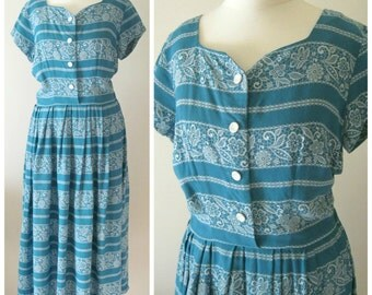 1950s Turquoise Vintage Midi Day Dress Blue with White faux Lace Floral Print Sweetheart Neckline Size UK 10