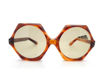 Genuine Vintage 1960s Riviera Handmade Hexagon/Round Frame // New Old Stock