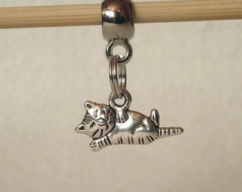 Cute Kitty Charm Pendant in Antique Silver-Tone Fits European Charm Bracelets 20mm x 11mm B33910