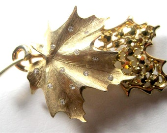 Vintage Signed SARAH COV Sarah Coventry Large Brooch Pin Gold Tone Figural Maple Leaf Design Clear & Gold Coated Rhinestones Leaves