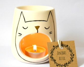 Sleepy Cat Oil Burner - Cat Lover Gift - Candle Holder - Cat Lady - Tealight - Essential Oils - Fragrance - Ceramic -  - Chill Out - Zen