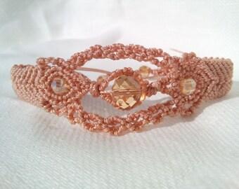 Pink micro-macramé bracelet with swarovski amber.