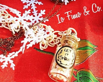 Let it snow, Necklace with small glass bottle full of little snowballs handmade in Fimo, polymer clay