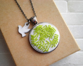 Embroidered Green Leaf Foliage Necklace - Bird & Modern Fern Plant Embroidery Necklace - Flora  Fauna Fiber Art Garden Greenery Jewelry Gift
