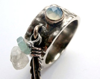 Reptile Pierre faceted - wide ring charm, texture croco, feather, Aqua Pearls of chalcedony and citrine.