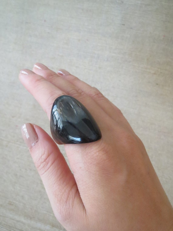 chunky rings Guys who love men's chunky rings that match their large size personalities will find everything they need in Tribal Hollywood's vast collection of chunky rings for men. These robust rings, some wide enough to cover two fingers, are forged from .