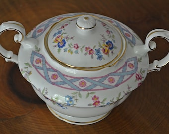Paragon Sugar Bowl With Lid, Paragon Bow Dish