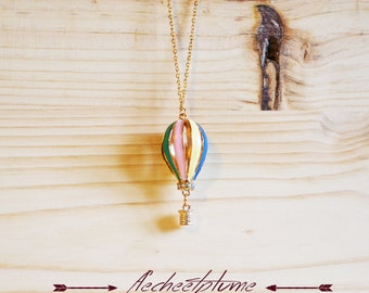 Hot air balloon necklace balance