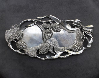 Vintage Christmas Tray, Decorative Tray, Serving Tray for Christmas Holiday, 1995 Seagull Pewter Tray, Made in Canada