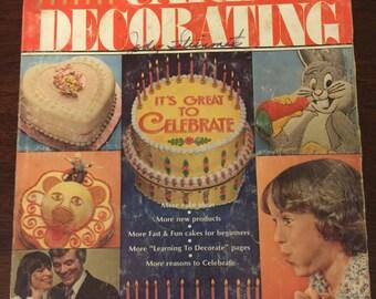 1979 Wilton Yearbook Cake Decorating Magazine