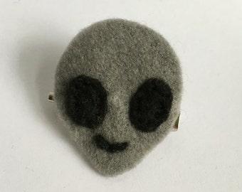 Alien Emoji Felt Pin