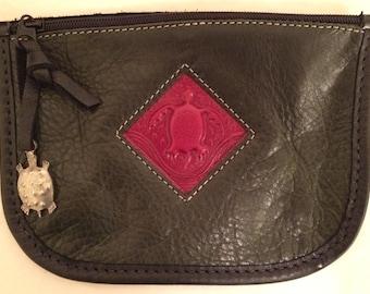 Turtle Ridge Gallery Handmade Leather  Zip Pouch Wallet