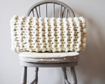Chunky knit rectangular white cushion - white oblong knitted cushion - decorative cream throw pillow - Scandinavian modern cushion