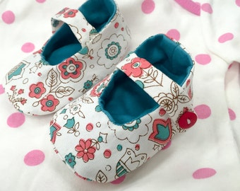 Baby Mary Janes Booties, handmade in Singapore, 6-9 months