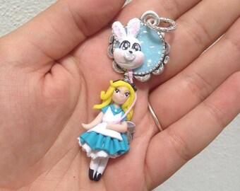 pendant necklace alice in wonderland/alice in wonderland/doll/necklace disney (B06)