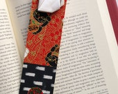 Lucky Cat Bookmark (white)