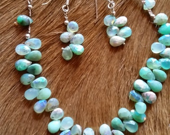 Aqua Crystals Necklace Set