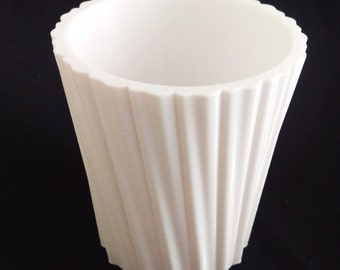 Simple Stripes Pot - White