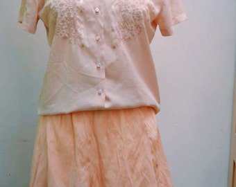 90s embroidered,short-sleeved blouse (size 10)