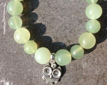 Bracelet women girl semi precious stones nephrite green charm owl