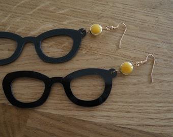 Glasses, yellow beads - Earring glasses earrings