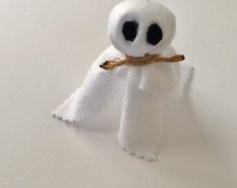 The Little Ghost Halloween Decor | Accent