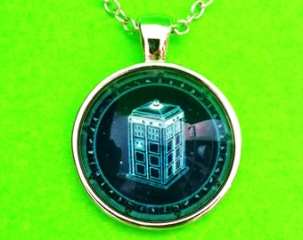 Doctor Who TARDIS Time Machine Dr. Silver Bubble Glass Pendant Necklace