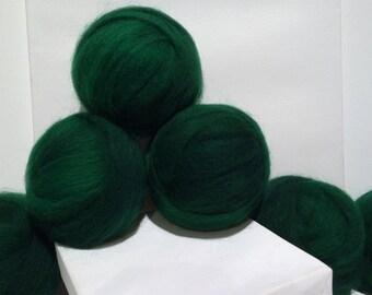 Dark Green Roving, Needle Felting wool, Spinning Fiber, Variegated green, Christmas green, Dark Emerald green roving