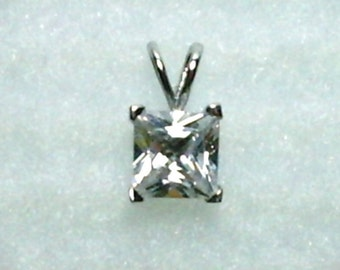 7mm Princess Cut White Cubic Zirconia in 925 Sterling Silver Pendant Necklace