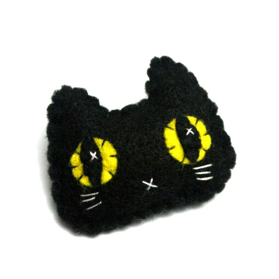 Black Kitty Pin - Eco-friendly Handsewn Felt Plush Cat Brooch/Pin