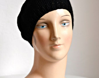 Knit Beret in Black Alpaca Wool - Hand Knitted Black Wool Beret - Size S/M