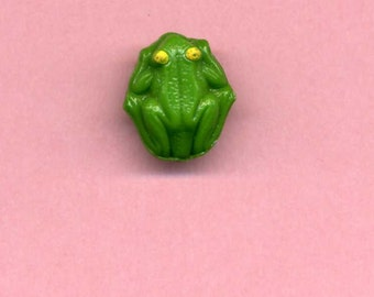 Vintage Glass Realistic Button - Frog