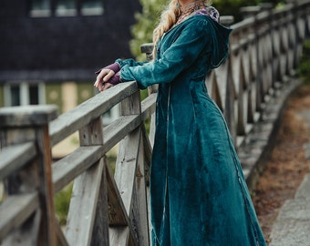 New! PRIESTESS VELVET COAT - Long Jacket Cape Goddess Faery Fairy Ceremony Cosplay Elsa Frozen Medieval Fantasy Gothic Halloween - Turquoise
