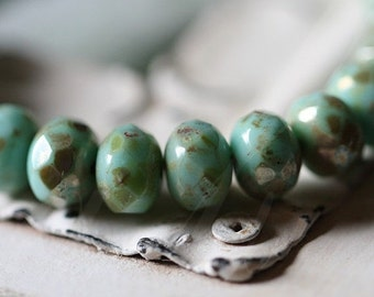 TURQUOISE MAGIC .. 10 Picasso Czech Glass Rondelle Beads 6x8mm (2907-10)
