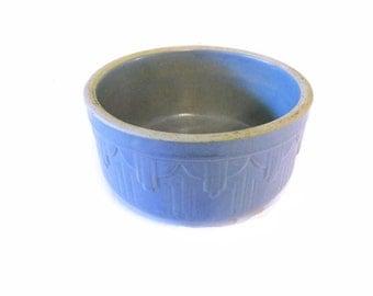 Glazed blue stoneware bowl - art deco - 1920s to 1930s - Periwinkle blue