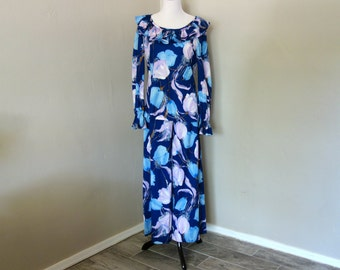 1970s Party Outfit, Fun Disco Fashion, Flower Power, Two-Piece Ruffle Neck Top and Wide Leg Palazzo Pants in Blue and Purple Floral Pattern